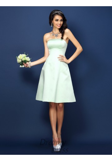 A-Line/Princess Strapless Knee-Length Satin Bridesmaid Dress