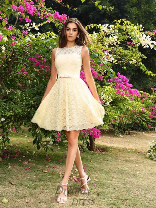 A-Line/Princess Elastic Woven Satin Scoop Knee-Length Lace Bridesmaid Dress