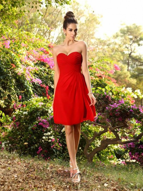 A-Line/Princess Knee-Length Sweetheart Chiffon Bridesmaid Dress