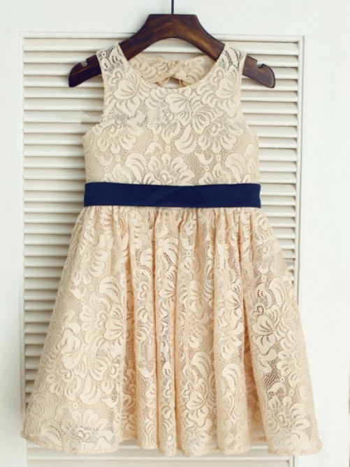 A-line/Princess Scoop Floor-length Lace Flower Girl Dresses with Bowknot