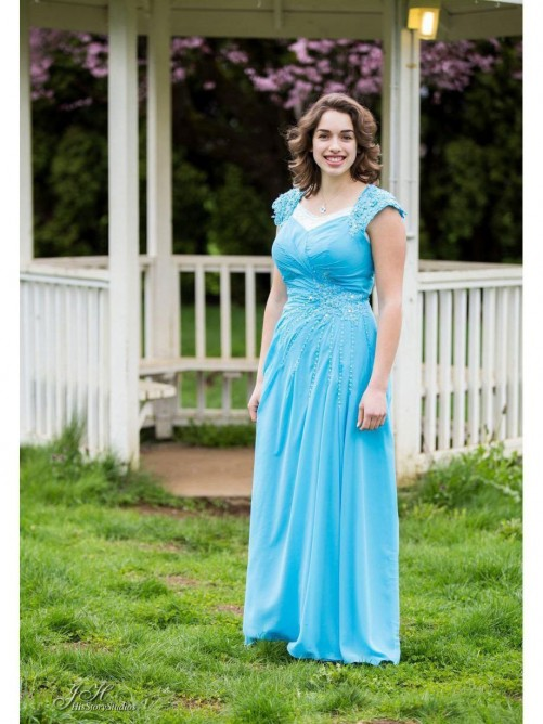 A-Line/Princess Straps Floor-Length Chiffon Mother Of The Bride Dress