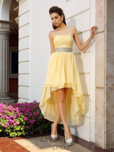 A-Line/Princess Chiffon Strapless Asymmetrical Dress