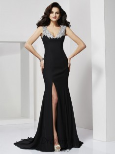 A-Line/Princess Floor-Length Straps Chiffon Dress