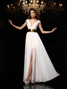 A-Line/Princess Lace Chiffon Floor-Length Dress