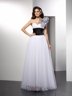 A-Line/Princess One-Shoulder Floor-Length Net Dress