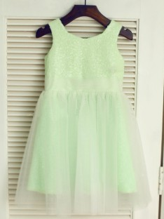 A-line/Princess Scoop Floor-length Tulle Flower Girl Dresses