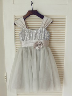 A-line/Princess Straps Floor-length Tulle Flower Girl Dresses with Bowknot