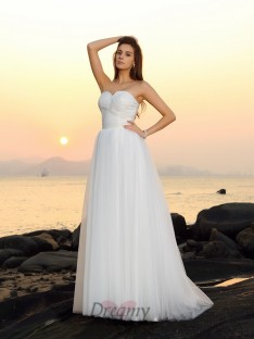 A-Line/Princess Sweep/Brush Train Sweetheart Net Wedding Dress