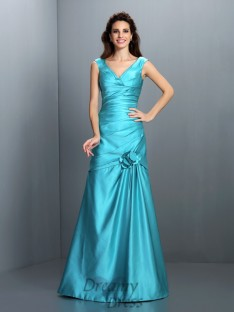 A-Line/Princess V-neck Satin Long Dress
