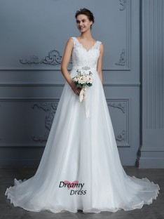A-Line V-neck Floor-Length Chiffon Wedding Dress