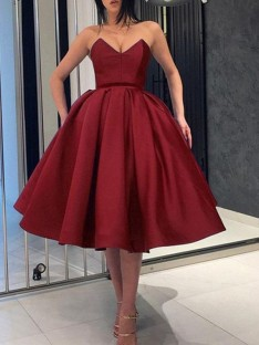 Ball Gown Satin Sweetheart Knee-Length Dress