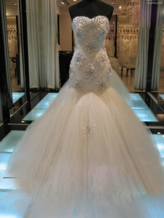 Trumpet/Mermaid Sleeveless Sweetheart Chapel Train Tulle Wedding Dress