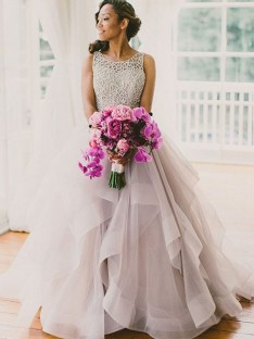 Ball Gown Sleeveless Scoop Floor-Length Tulle Wedding Dress
