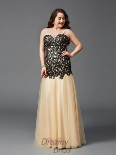 Sheath/Column Spaghetti Straps Floor-Length Net Plus Size Dress