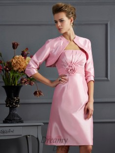 Sheath/Column Strapless Knee-Length Taffeta Dress