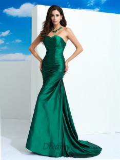 Sheath/Column Sweetheart Sweep/Brush Train Taffeta Dress