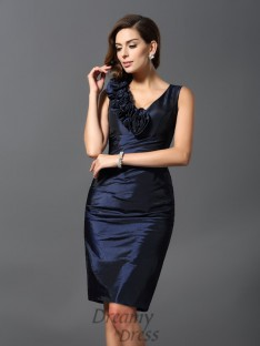 Sheath/Column V-neck Knee-Length Taffeta Dress